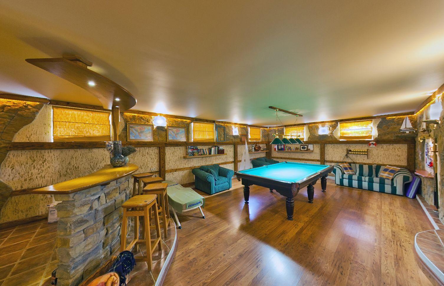 Купить дом в Анапе с бильярдной