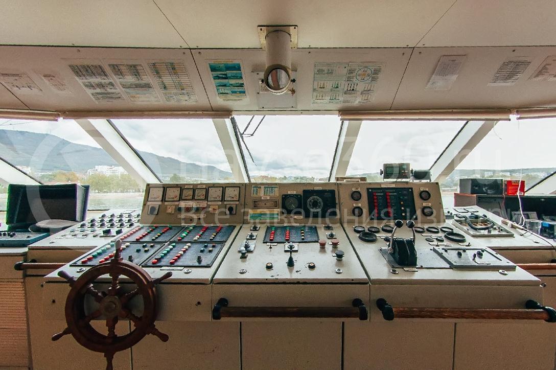 Империя, лайнер развлечения морские путешествия геленджик 05