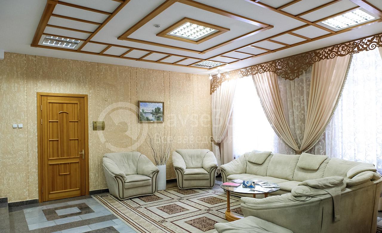 Холл гостиницы Октябрьской на сайте tomsk.navse360.ru