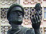 Остап Бендер, памятник