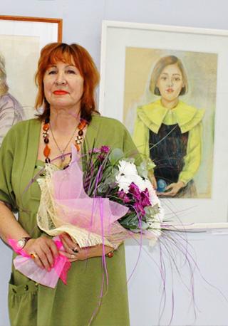 """Выставка """"Рисуем женщину и весну!"""""""
