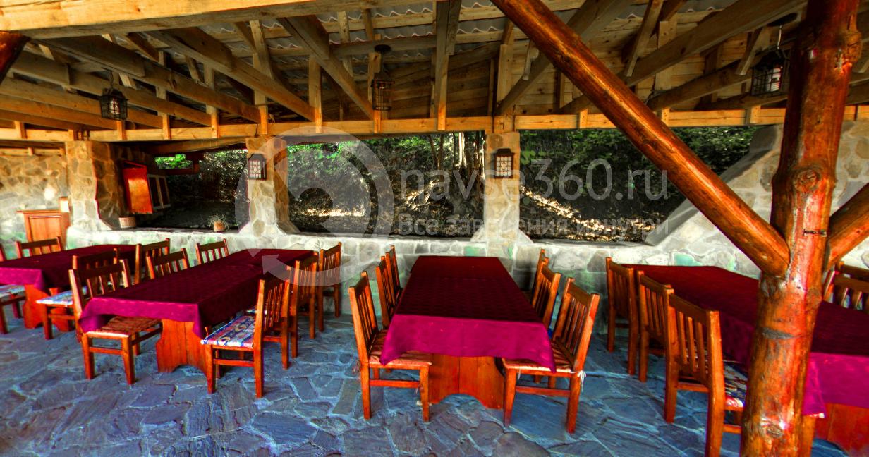 Летняя терраса ресторана Дудук Сочи