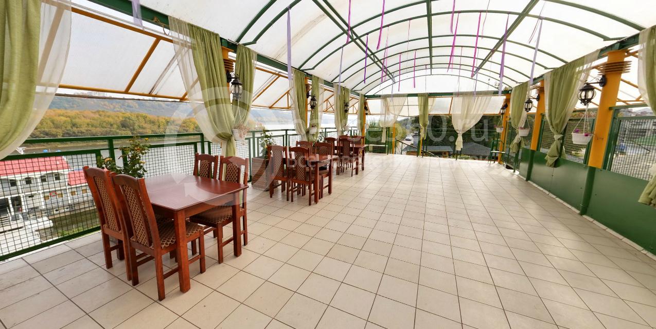 Летняя веранда кафе Мираж