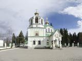Храм Святых Царственных мучеников, церковь